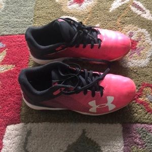 Under armour girls cleats